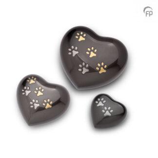 Hartjes Urnen met Pootafdruk